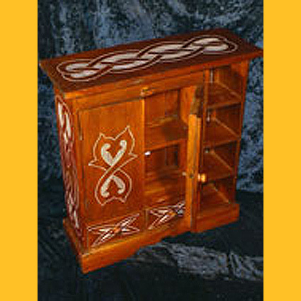 Holz CD - Kommode Celtic