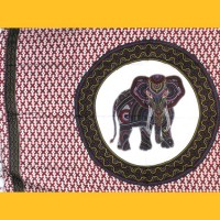 S-270-sarong-elefant-rot-detail